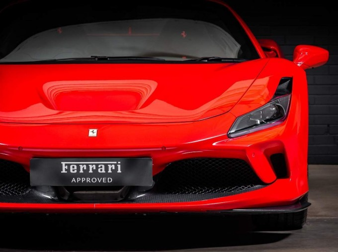 2020 Ferrari V8 Spider F1 DCT 2-door (Red) - Image: 8