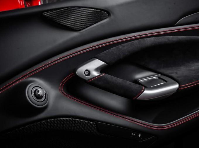 2020 Ferrari V8 Spider F1 DCT 2-door (Red) - Image: 19