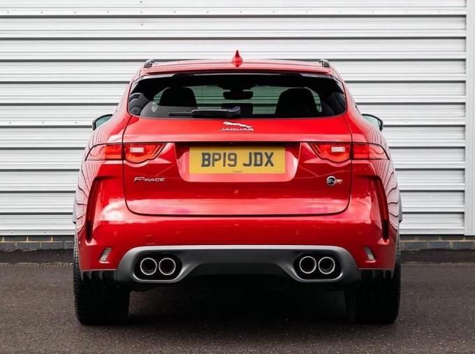2019 Jaguar V8 SVR Quickshift 5-door (Red) - Image: 6