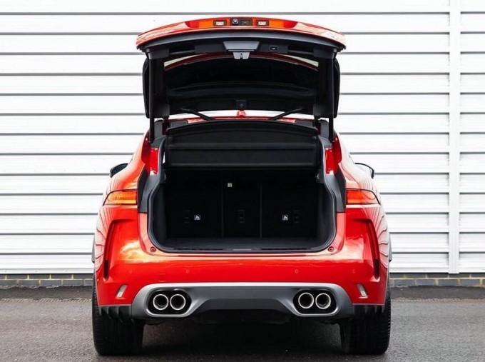 2019 Jaguar V8 SVR Quickshift 5-door (Red) - Image: 15