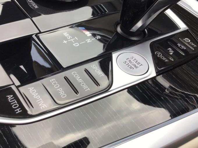 2019 BMW M50d (Black) - Image: 19