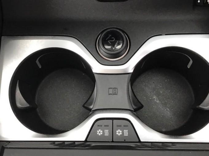 2019 BMW M50d (Black) - Image: 27