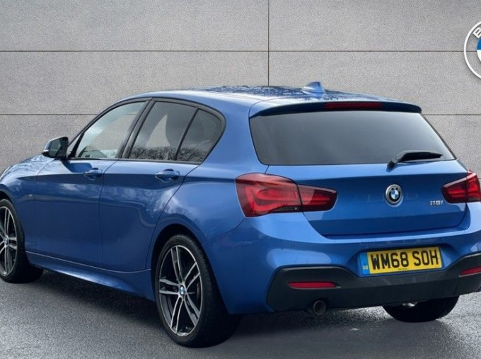 2019 BMW 118i M Sport Shadow Edition 5-door (Blue) - Image: 2