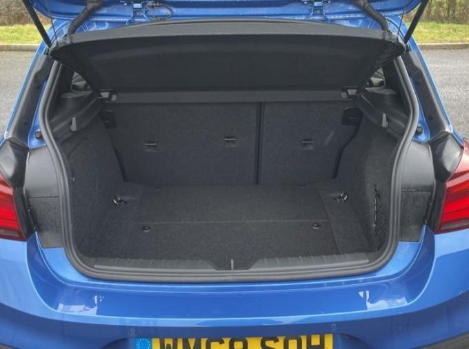 2019 BMW 118i M Sport Shadow Edition 5-door (Blue) - Image: 13