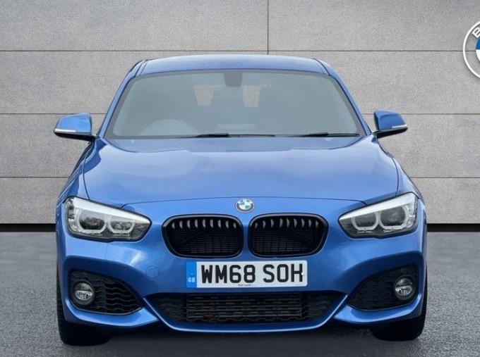 2019 BMW 118i M Sport Shadow Edition 5-door (Blue) - Image: 16