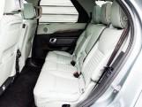 2017 Land Rover TD V6 HSE Luxury Auto 4WD 5-door (Grey) - Image: 4