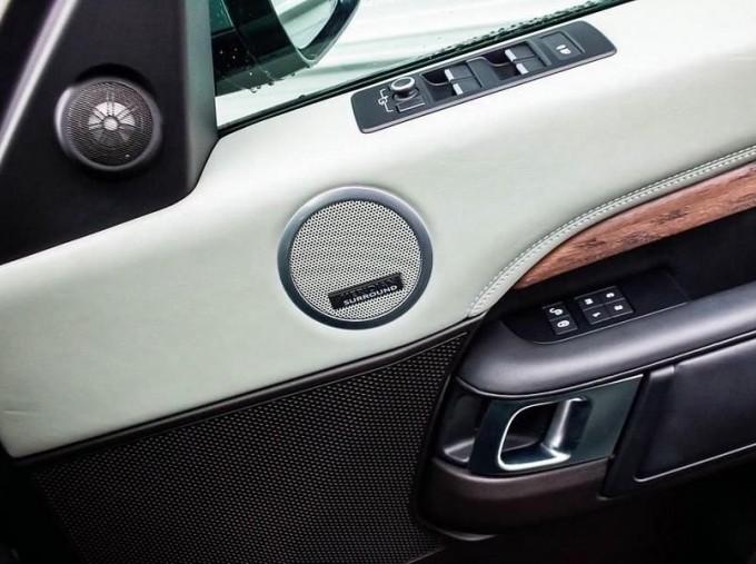 2017 Land Rover TD V6 HSE Luxury Auto 4WD 5-door (Grey) - Image: 13