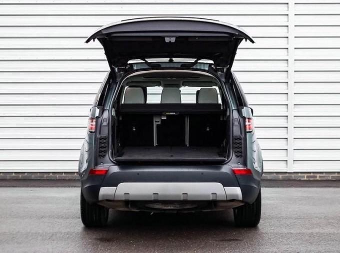 2017 Land Rover TD V6 HSE Luxury Auto 4WD 5-door (Grey) - Image: 15