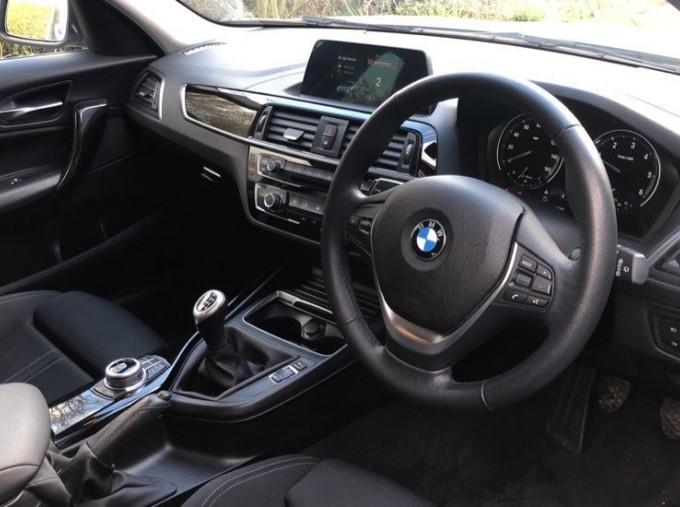 2017 BMW 118d Sport 5-door (Silver) - Image: 6