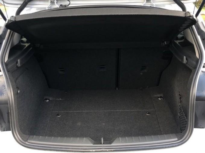 2017 BMW 118d Sport 5-door (Silver) - Image: 13