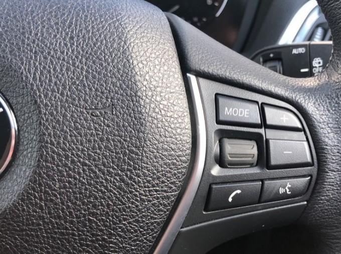 2017 BMW 118d Sport 5-door (Silver) - Image: 18