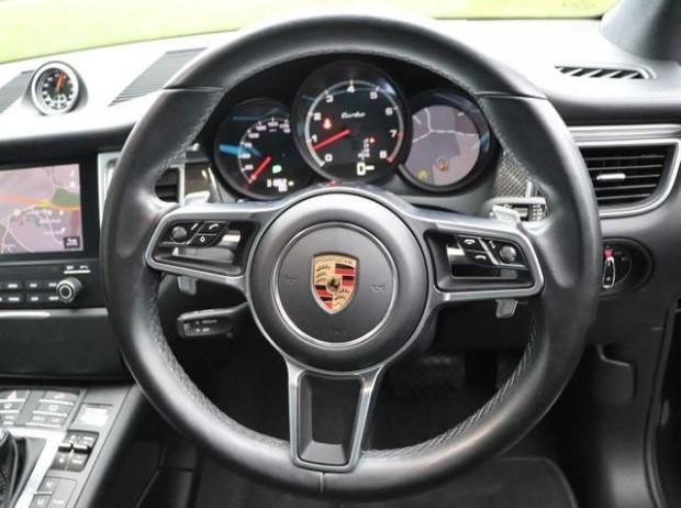 2017 Porsche Turbo PDK 4WD 5-door (Grey) - Image: 7