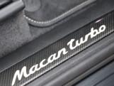 2017 Porsche Turbo PDK 4WD 5-door (Grey) - Image: 38
