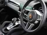 2020 Porsche V6 Tiptronic 4WD 5-door (Black) - Image: 7