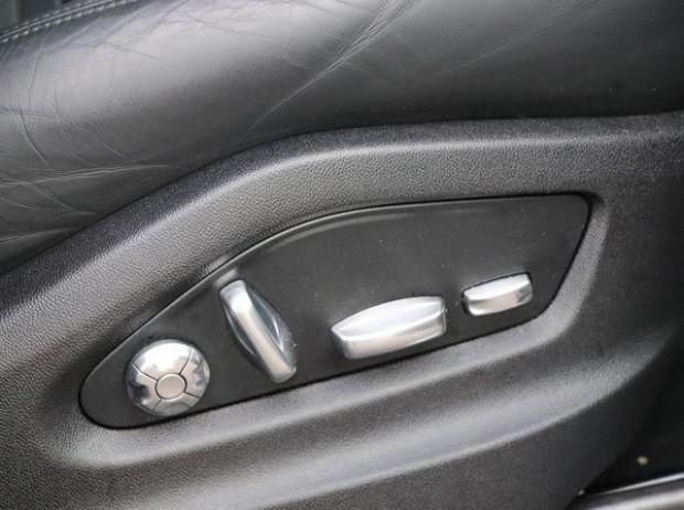 2020 Porsche V6 Tiptronic 4WD 5-door (Black) - Image: 17