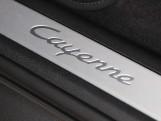 2020 Porsche V6 Tiptronic 4WD 5-door (Black) - Image: 39