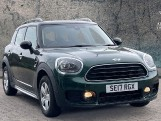 2017 MINI Cooper Countryman (Green) - Image: 1