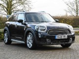2020 MINI Cooper Exclusive (Black) - Image: 41