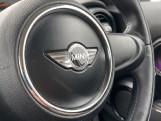 2015 MINI 5-door Cooper (White) - Image: 18