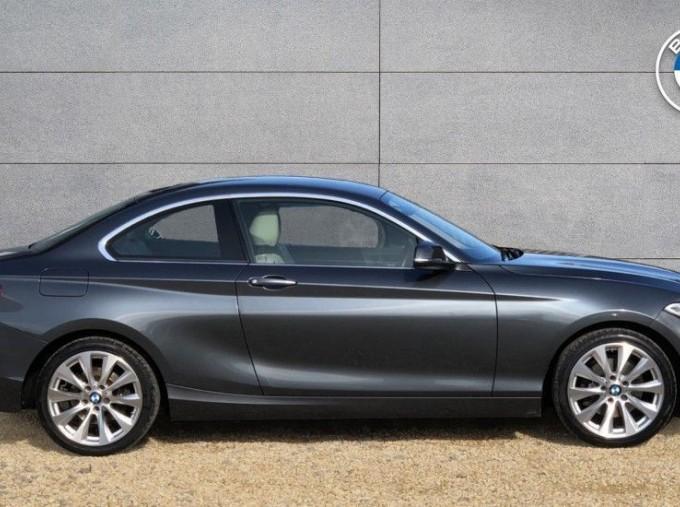 2016 BMW 220i Luxury Coupe (Grey) - Image: 3