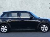 2019 MINI 5-door Cooper Classic (Black) - Image: 3