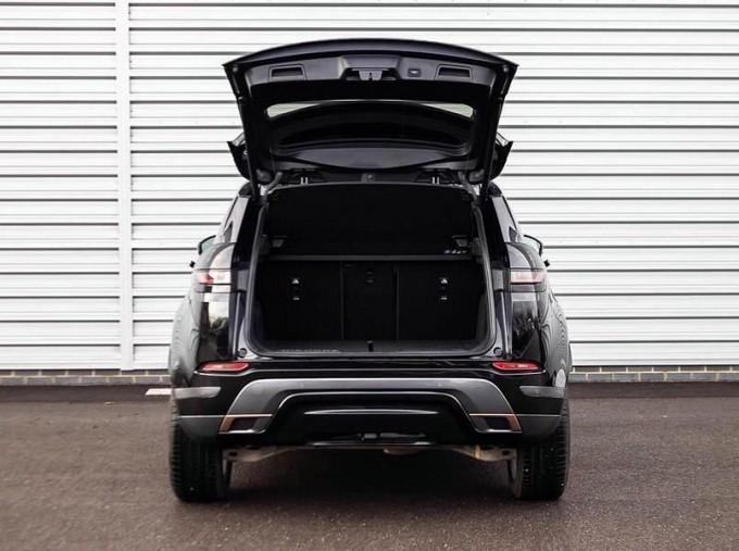 2019 Land Rover P200 MHEV R-Dynamic SE Auto 4WD 5-door (Black) - Image: 15