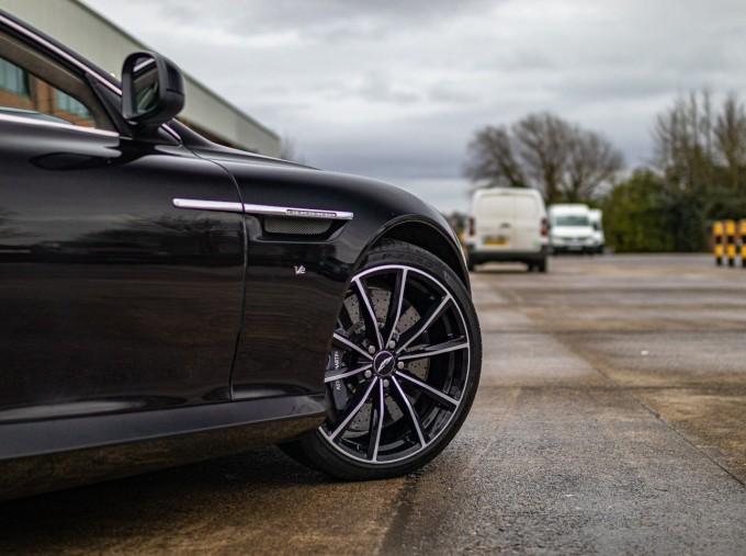 2016 Aston Martin 5.9 GT Touchtronic II 2-door (Black) - Image: 23