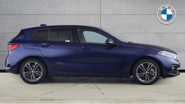 2020 BMW 120d xDrive Sport (Blue) - Image: 3