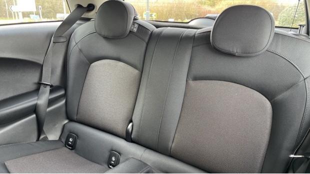 2021 MINI 3-door Cooper Classic (Grey) - Image: 12