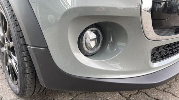 2021 MINI 3-door Cooper Classic (Grey) - Image: 34