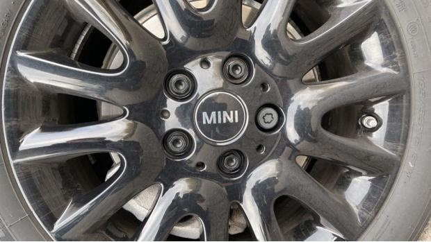2021 MINI 3-door Cooper Classic (Grey) - Image: 36