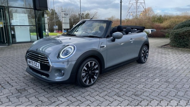 2021 MINI Cooper Exclusive (Grey) - Image: 37
