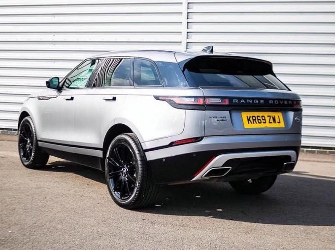 2019 Land Rover P300 R-Dynamic HSE Auto 4WD 5-door (Grey) - Image: 2
