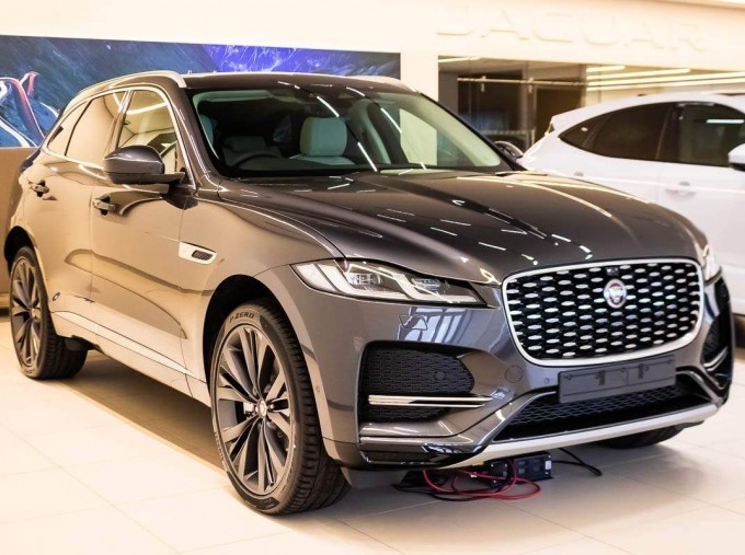 2021 Jaguar V6 MHEV HSE Auto 5-door (Grey) - Image: 1