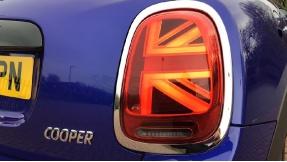 2021 MINI 5-door Cooper Classic (Blue) - Image: 21