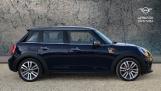 2017 MINI 5-door Cooper Seven Edition (Blue) - Image: 3