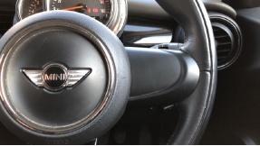 2017 MINI 5-door Cooper Seven Edition (Blue) - Image: 18