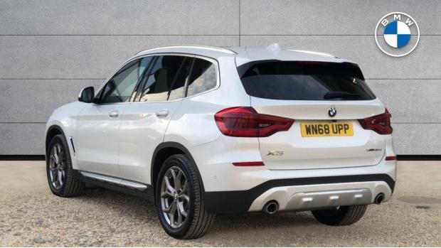 2018 BMW XDrive30d xLine (White) - Image: 2
