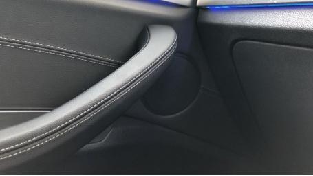 2018 BMW XDrive30d xLine (White) - Image: 20
