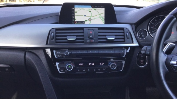 2017 BMW 335d xDrive M Sport Shadow Edition (Black) - Image: 8