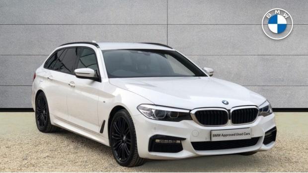 2018 BMW 520d M Sport Touring (White) - Image: 1