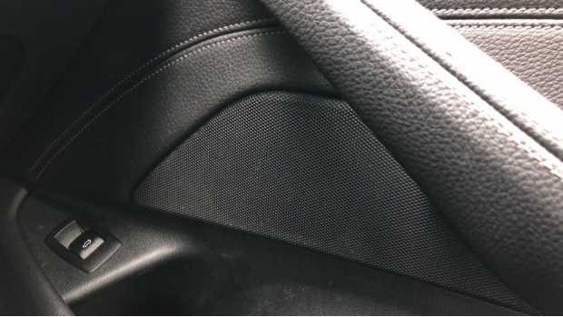 2018 BMW 520d M Sport Touring (White) - Image: 20