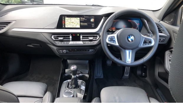 2021 BMW 118i M Sport (Black) - Image: 4