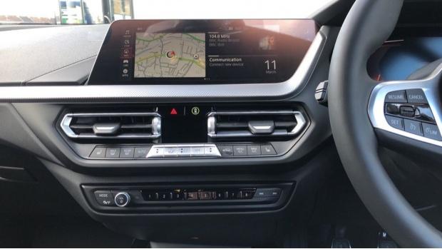 2021 BMW 118i M Sport (Black) - Image: 8