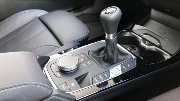 2021 BMW 118i M Sport (Black) - Image: 10