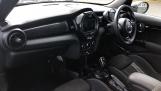 2019 MINI 5-door Cooper S Sport (Black) - Image: 7