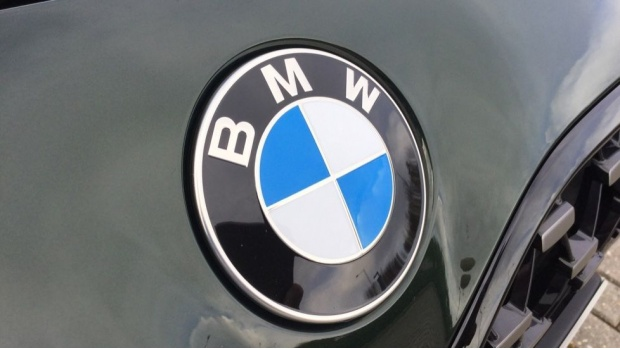 2020 BMW 420d M Sport Coupe (Green) - Image: 26