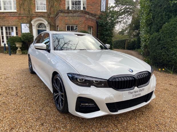 2021 BMW 330i M Sport Auto 4-door (White) - Image: 1