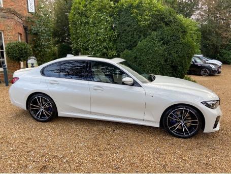 2021 BMW 330i M Sport Auto 4-door (White) - Image: 3