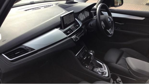 2020 BMW 225xe Sport Premium Active Tourer (Black) - Image: 7